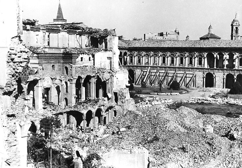 I Bombardamenti E La Ricostruzione Storie Milanesi